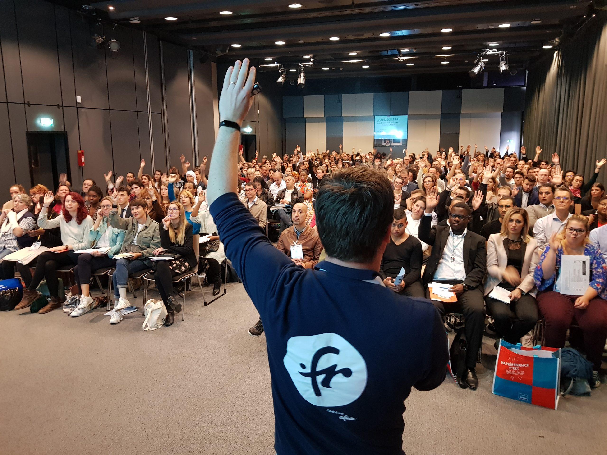 Conférence Réussir en .fr au Salon des Entrepreneurs de Paris.